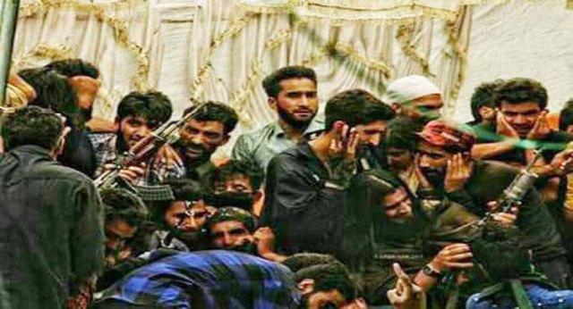कश्मीर में मारे गए प्रमुख आतंकियों की सूची के लिए चित्र परिणाम
