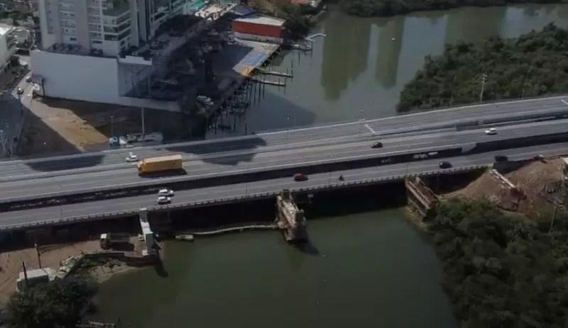 Pontes no Rio Camboriú para ligação das marginais da BR101 nos dois sentidos da rodovia – Foto: Marcelo Feble/NDTV