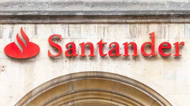 After Barclays, Santander Bank Blocks Payments to Binance Citing Customer Protection