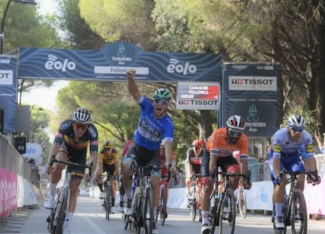 Segunda etapa Tirreno-Adriatico termina em sprint novamente, segunda vitória de Pascal Ackermann