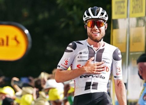 Resultados da fase 12 do Tour de France.  Finalmente um prêmio para o talento de Marc Hirschi após um grande solo