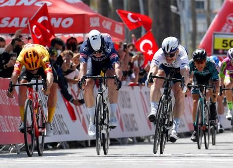 Volta à Turquia na sexta etapa: Jasper Philipsen recebe sua grama e vence depois de três segundos lugares