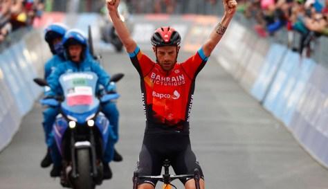 GIRO.  Damiano Caruso vence a última etapa de montanha e faz o lance final para o rosa com um ataque longo, mas Egan Bernal resiste
