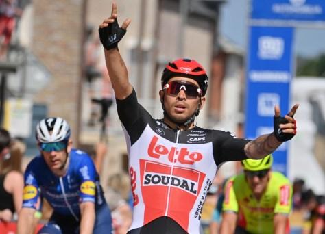 Caleb Ewan vence sprint com muita força no Baloise Belgium Tour