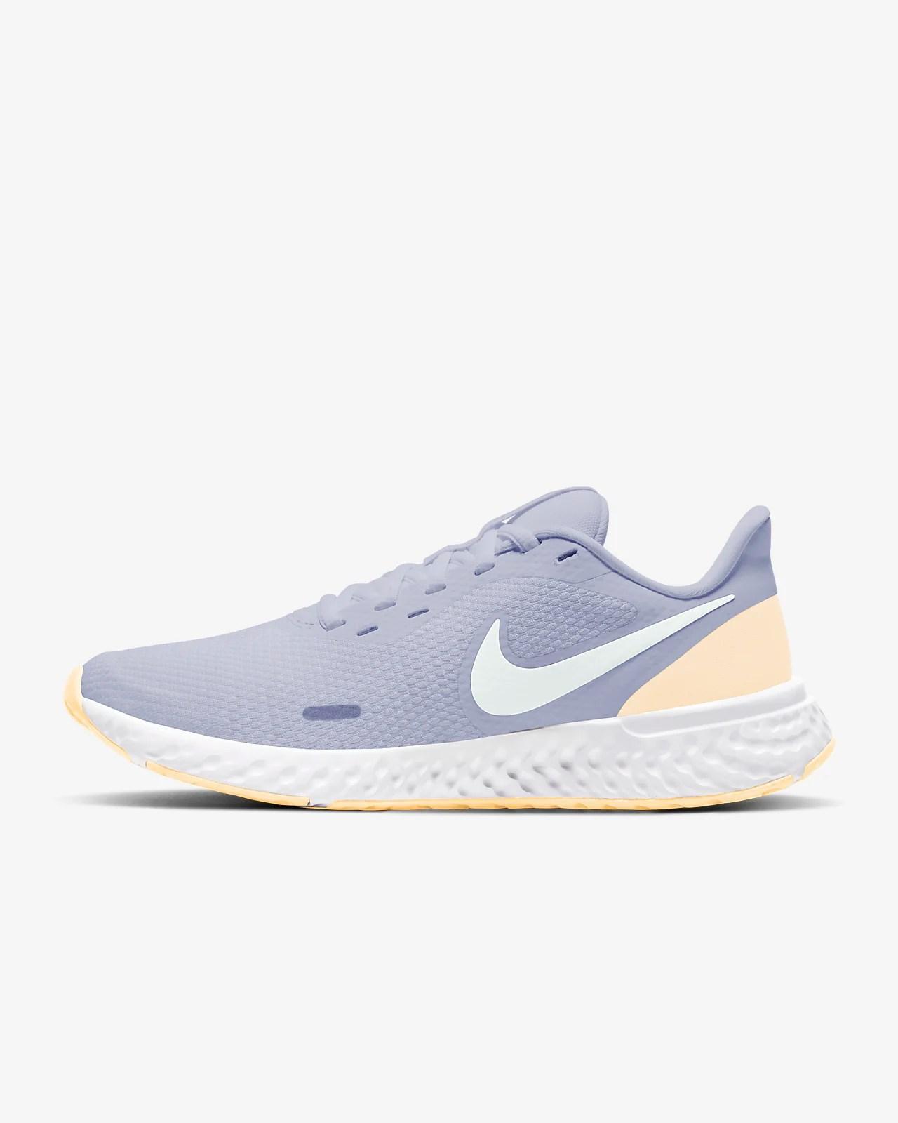 Nike Revolution 5 女款跑鞋. Nike TW