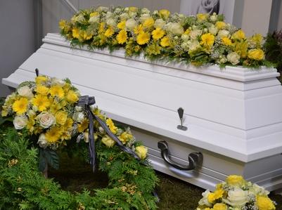 Ablauf einer Beerdigung So verhalten Sie sich am besten