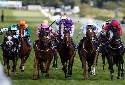 UK Horse Racing Tips: Sandown | Oddschecker