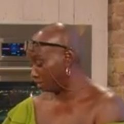 Kitchen Cooking Games Turquoise Rugs Saturday Kitchen: Viewers Distracted By Chef Andi Oliver's ...