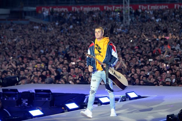 Justin Bieber at One Love Manchester wearing his Yeezys
