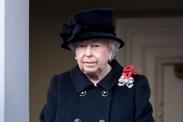 LONDON, ENGLAND - NOVEMBER 12: Queen Elizabeth II during the annual Remembrance Sunday Service at The Cenotaph on November 12, 2017 in London, England. (Photo by Samir Hussein/Samir Hussein/WireImage)
