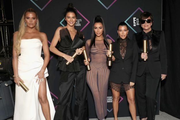 SANTA MONICA, CA - NOVEMBER 11: 2018! AWARDS FOR THE CHOICE OF PERSON - In the picture: (l-r) Khloe Kardashian, Kendall Jenner, Kim Kardashian, Kourtney Kardashian and Kris Jenner backstage during E 2018! People's Choice Awards held at Barker's Hangar on November 11, 2018 - NUP_185073 - (Photo by Todd Williamson / E! Entertainment / NBCU Photo Bank via Getty Images)