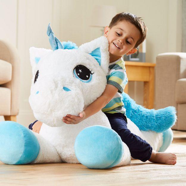 Asda giant unicorn sends parents into meltdown