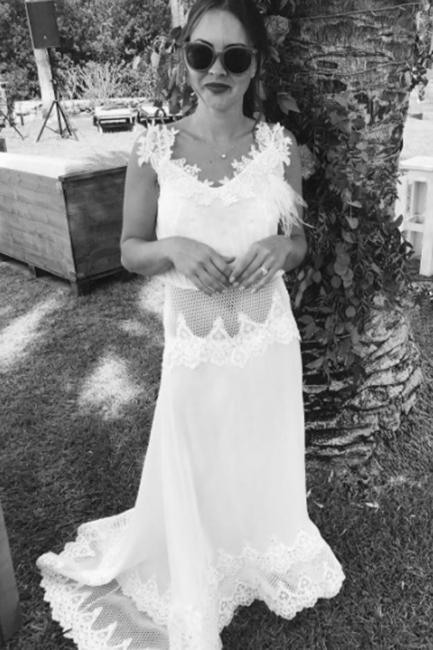 Lacey Turner poses on her wedding day in stunning photo