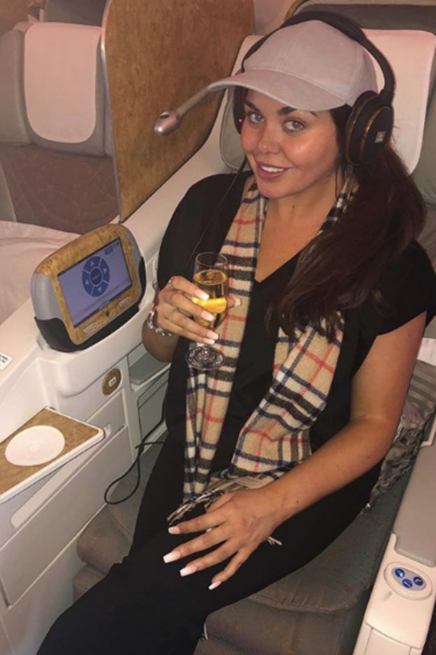 Scarlett revealed her luxurious journey to Australia