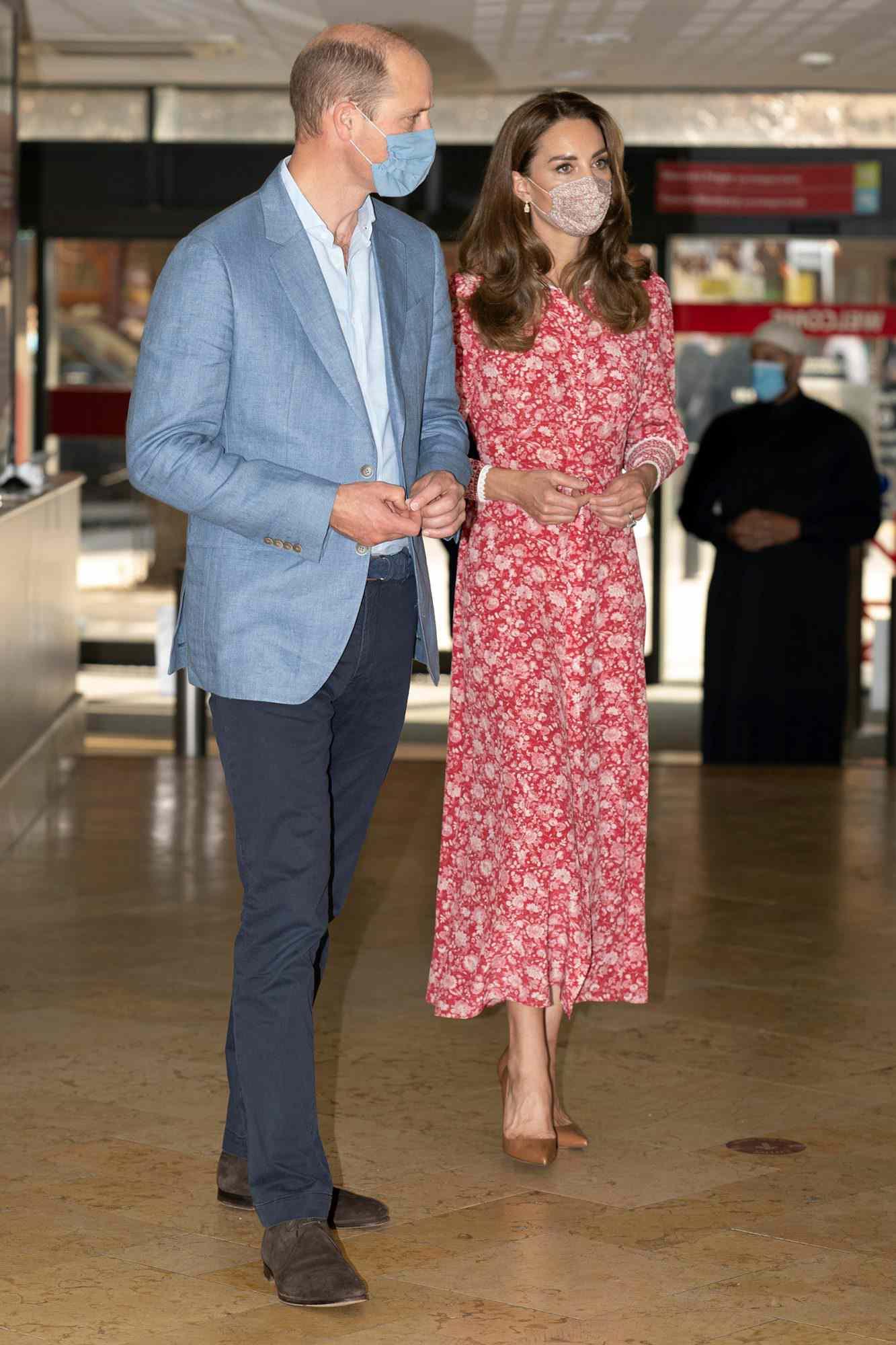 Kate Middleton Duchess Of Cambridge : middleton, duchess, cambridge, Middleton, Prince, William, Masks, London, PEOPLE.com