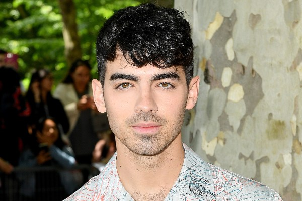 Joe Jonas Wants to Re-Record the Jonas Brothers' First Album | PEOPLE.com