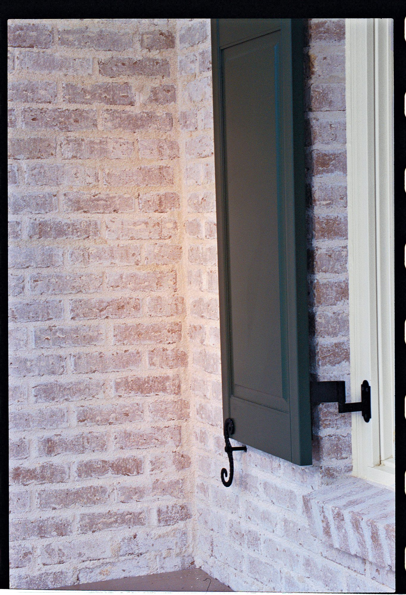 Home Tips Shutters Southern Living
