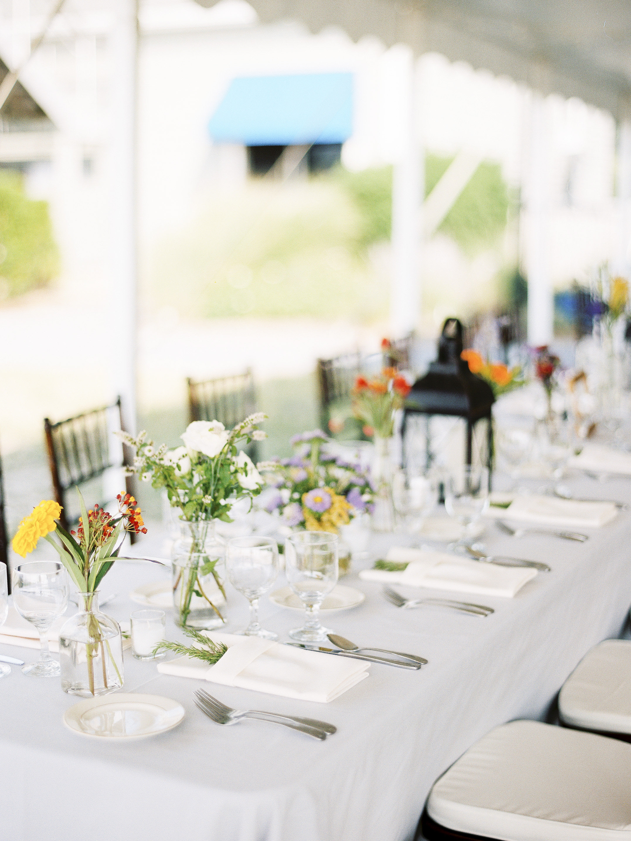 36 simple wedding centerpieces