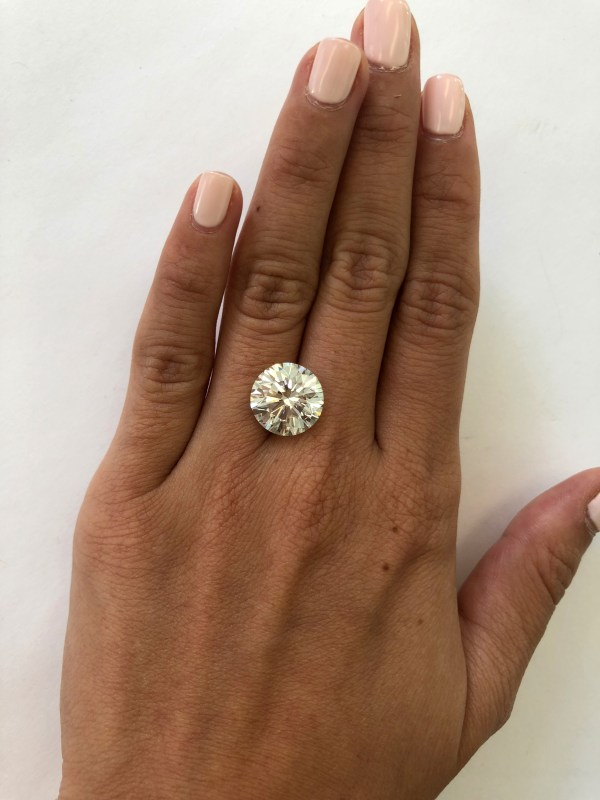 Diamond Size .5 Carats 10 Martha Stewart Weddings