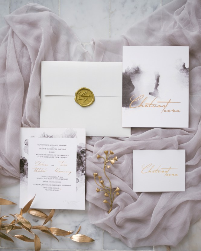Gorgeous Wedding Invitations With Wax