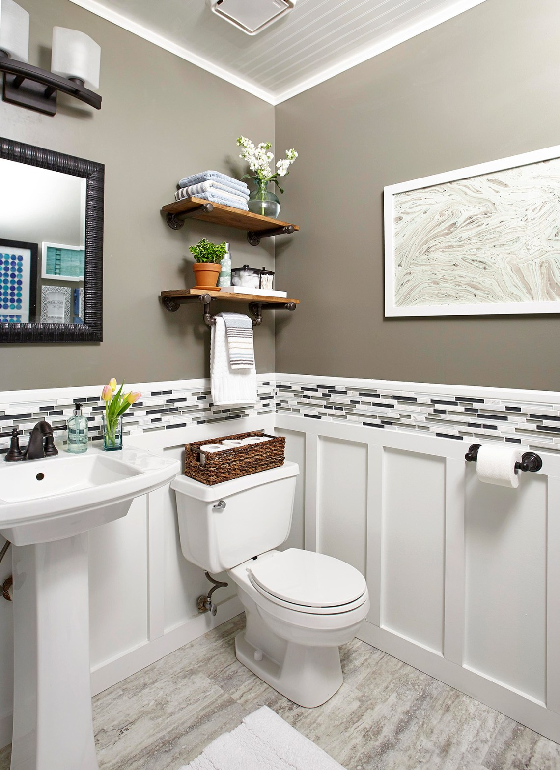 Unique 44 Tiny Half Bathroom Ideas 2021 - Modern Living ...