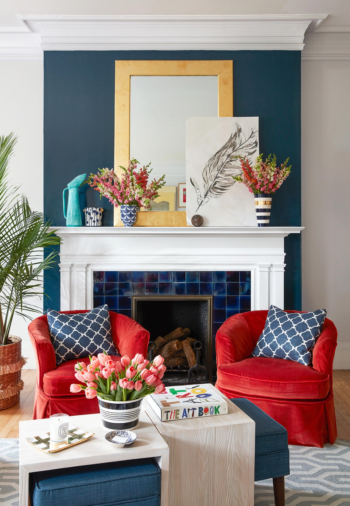 What Colors Go With Red 20 Knockout Combinations To Consider Better Homes Gardens