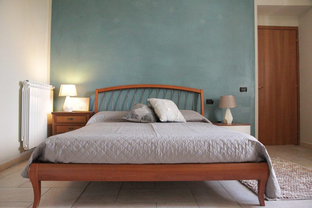 Ecco perché quando si prende la decisione di tinteggiare le pareti della camera da letto risulta particolarmente importante riflettere su. Osservatorio Sulla Casa Come Decorare La Parete Dietro Il Letto Idee Originali E Consigli