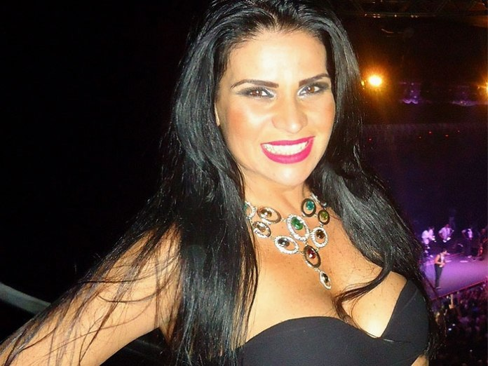 Solange Gomes revela ter feito sexo a três com galã da Globo e o irmão dele (Foto reprodução)