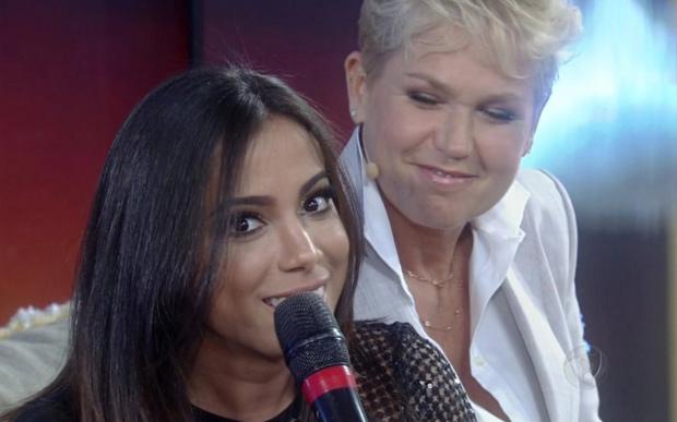 Xuxa e Anitta em programa que acabou com a amizade das duas (Reprodução)