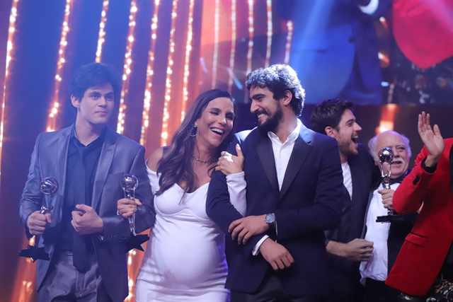 Lucas Veloso, Ivete Sangalo e Renato Góes no Melhores do Ano 2017 (Foto: Globo/Paulo Belote)