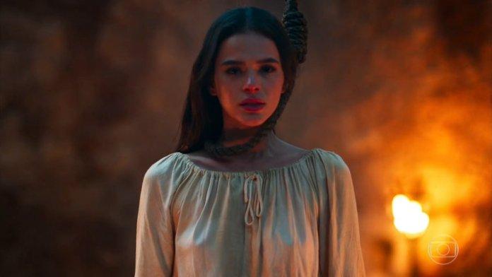 Catarina, personagem de Bruna Marquezine em Deus Salve o Rei. (Foto: Reprodução)