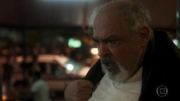 Agenor (Roberto Bonfim) em Segundo Sol (Foto: Reprodução/Globo)