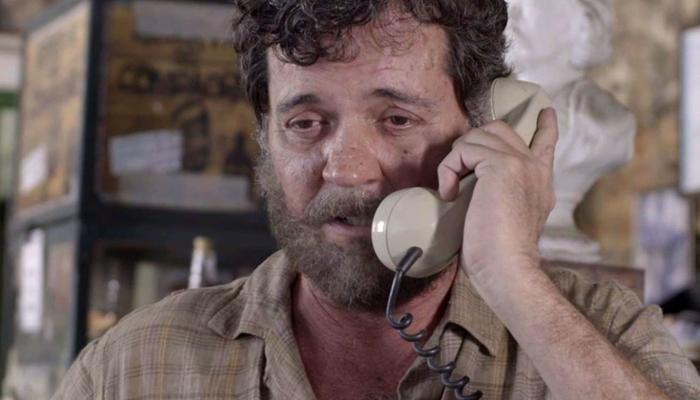 Américo (Felipe Camargo) em cena de Espelho da Vida (Foto: Divulgação/Globo)