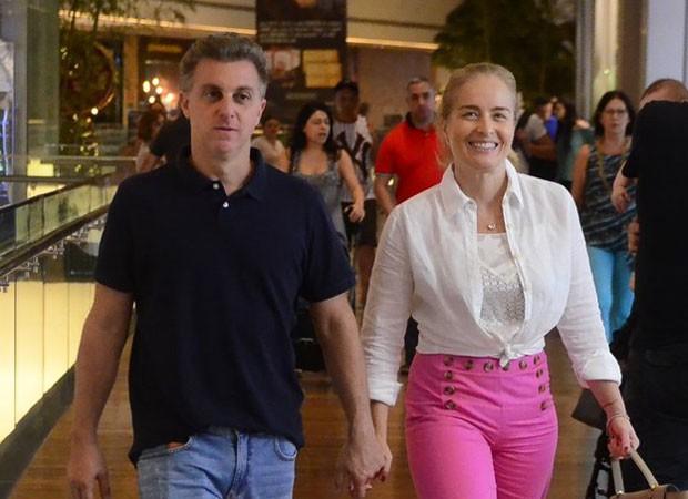 Angélica e Luciano Huck (Foto: WEBERT BELICIO / AGNEWS)