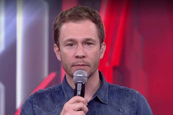 O apresentador do BBB19, Tiago Leifert (Foto: Reprodução)