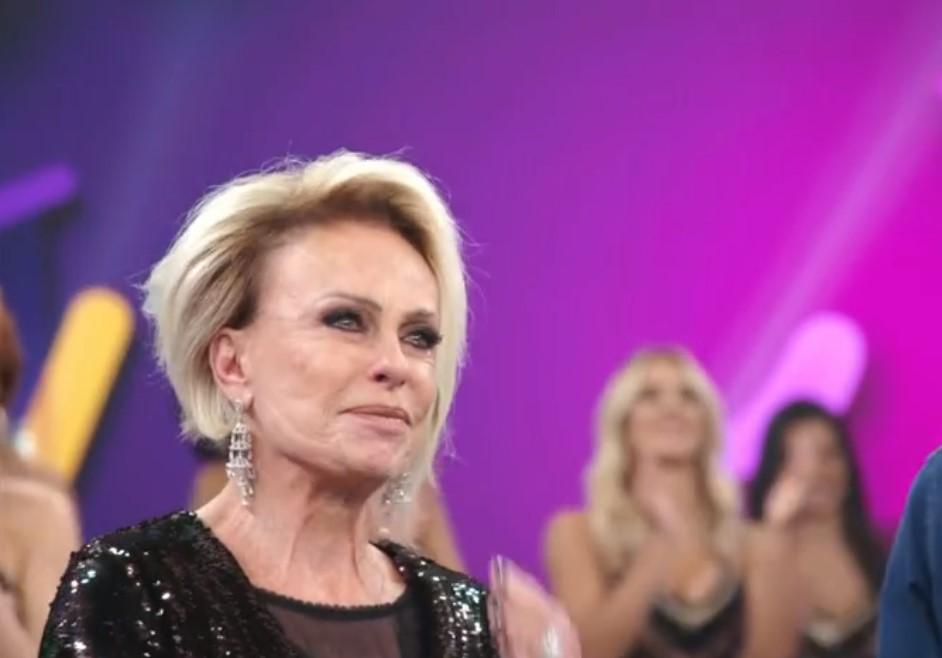 Ana Maria Braga no palco do Domingão do Faustão (Foto: Reprodução/Globo)
