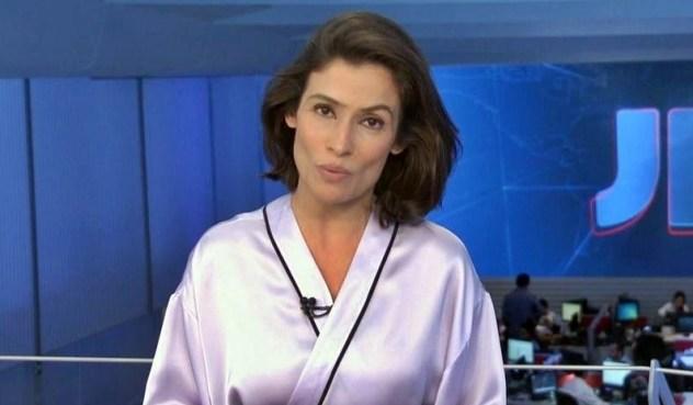 Renata Vasconcellos foi flagrada em momento íntimo em foto (Foto: Reprodução)
