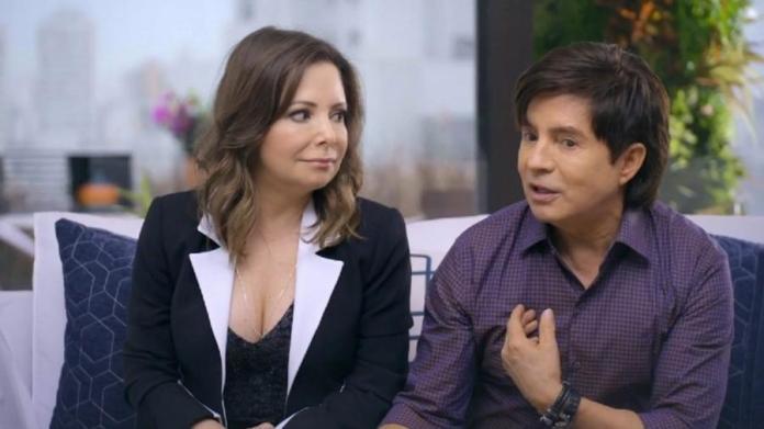 Xororó e Noely, pais de Sandy e Júnior, falam sobre intimidade e a vida do casal (Foto: Reprodução)