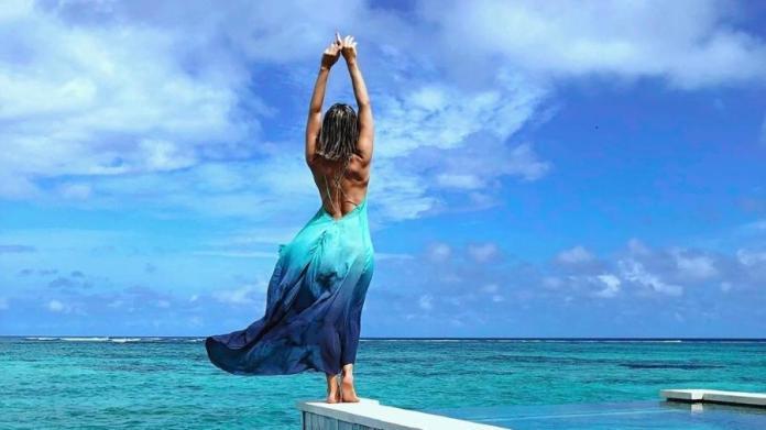 Giovanna Ewbank posa em hotel onde está de férias nas Maldivas, junto com o seu marido Bruno Gagliasso Imagem: Reprodução/Instagram