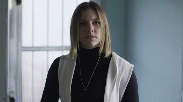 Dalila (Alice Wegmann) usa a identidade de Basma para se vingar de Laila (Julia Dalavia) em Órfãos da Terra da Globo