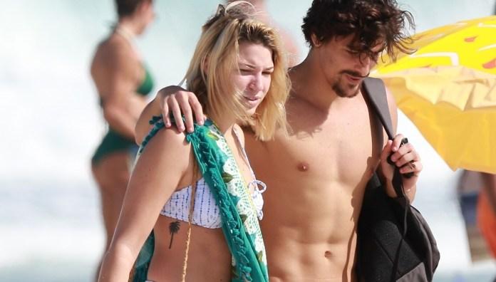 "O ator Bruno Montaleone e a ""loira"" misteriosa amida de Sasha (Foto: Dilson Silva / AgNews)"