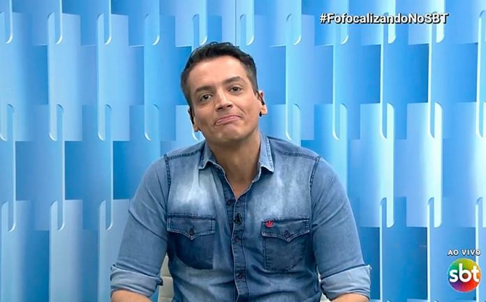 Leo Dias no Fofocalizando (Foto: Reprodução/SBT)