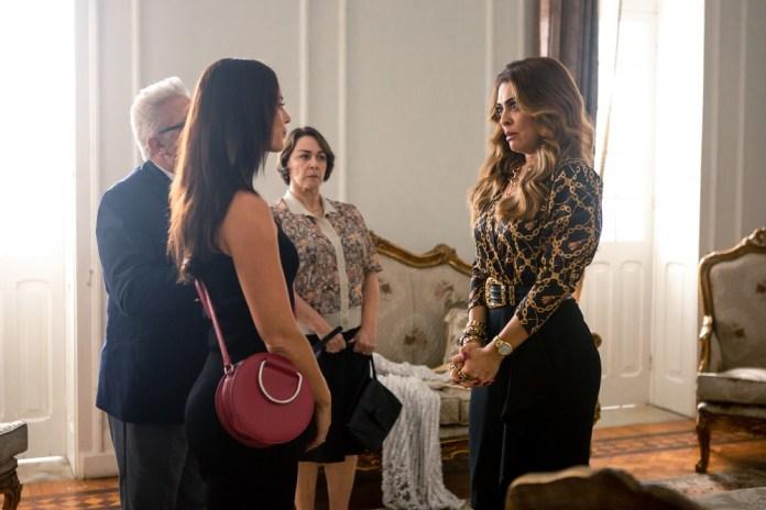 Vivi Guedes (Paolla Oliveira) e Maria da Paz (Juliana Paes) irão se enfrentar em A Dona do Pedaço (Foto: Divulgação)