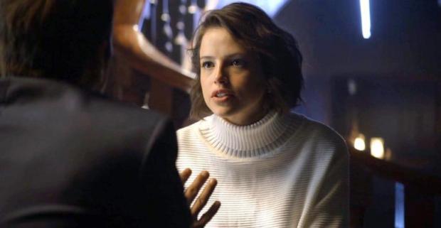 Josiane (Agatha Moreira) vai perder Régis para Maria da Paz em A Dona do Pedaço (Foto: Reprodução/Globo)