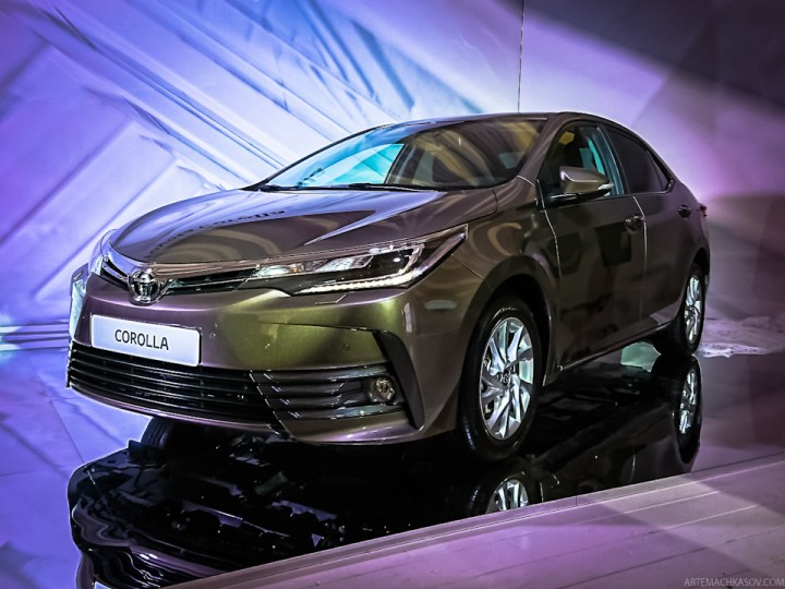 new corolla altis launch date all kijang innova q diesel 2017 toyota facelift appearance in pakistan pakwheels release