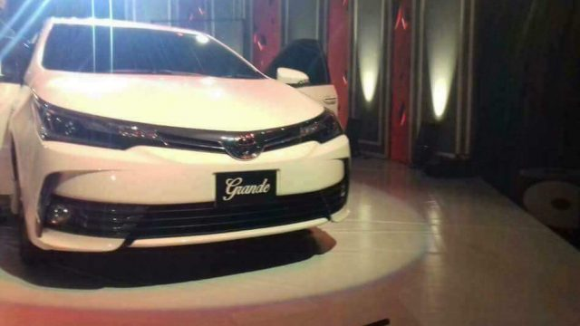 new corolla altis vs honda civic toyota yaris trd body kit 2017 prices in pakistan, pictures and reviews ...