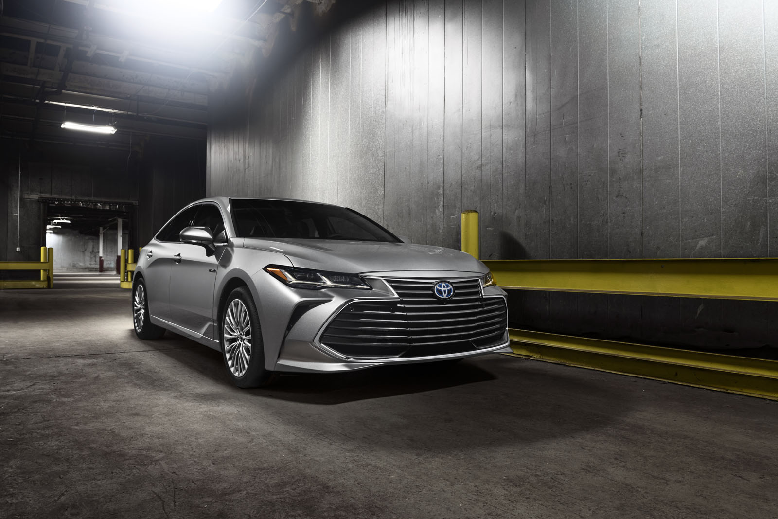 all new camry 2018 interior commercial premium style and luxury - all-new 2019 toyota avalon ...