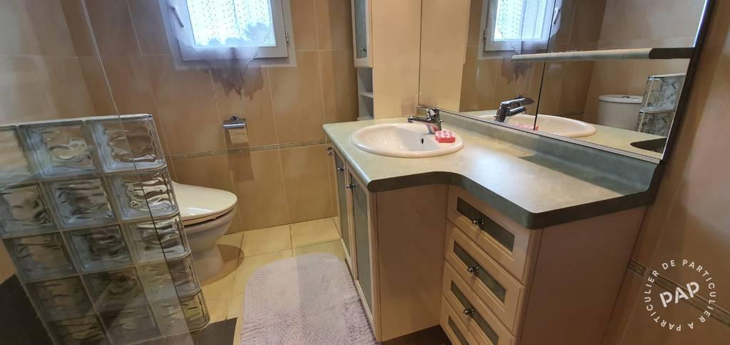 Location Appartement Frejus 6 personnes ds 400 euros par semaine  Ref 203309092  Particulier