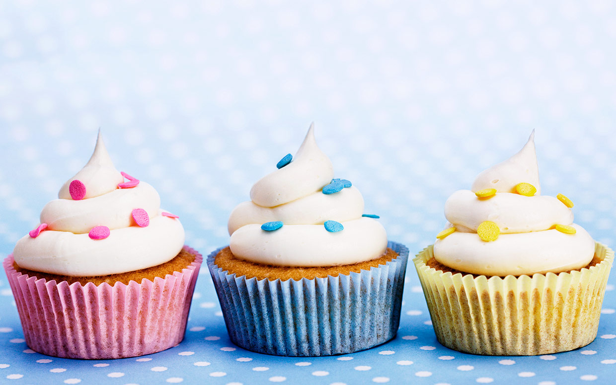 How Did Cupcakes Take Over The Dessert World? A Timeline