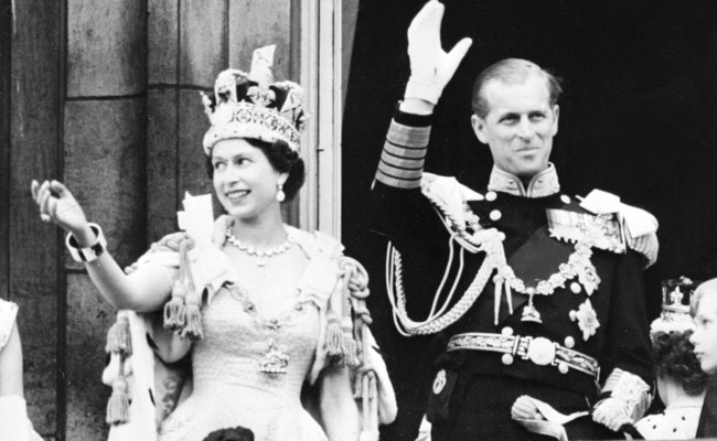 New Photographs To Celebrate Queen Elizabeth Ii S Record